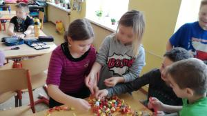 """Projekt """"Kouzelné Vánoce"""" a besídka pro maminky ve čtvrté třídě"""