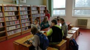 V knihovně J. M. Sychry